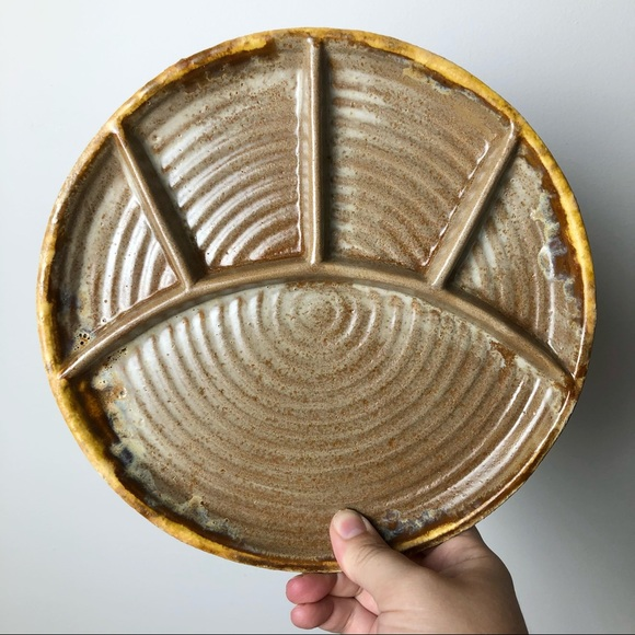 Laurentian Tundra Pottery Divided Plates Pair